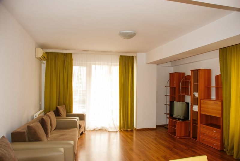 Living apartament 3 camere